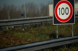 Snelheidsverlaging op de snelweg: de borden zijn leidend